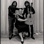 Chicuelo con Matilde Coral y Carlos Grilo (foto Maxi del Campo)