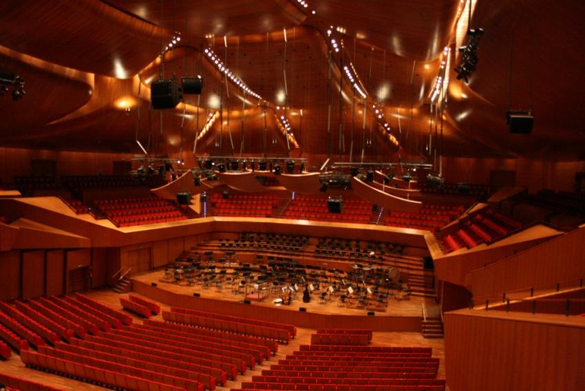 auditorium_02